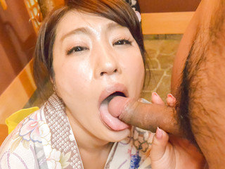 Wifey Ryouka Shinoda kneels to deep-throat this guy's dick